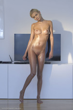 Nordica Shows Her Hot Naked Body-10