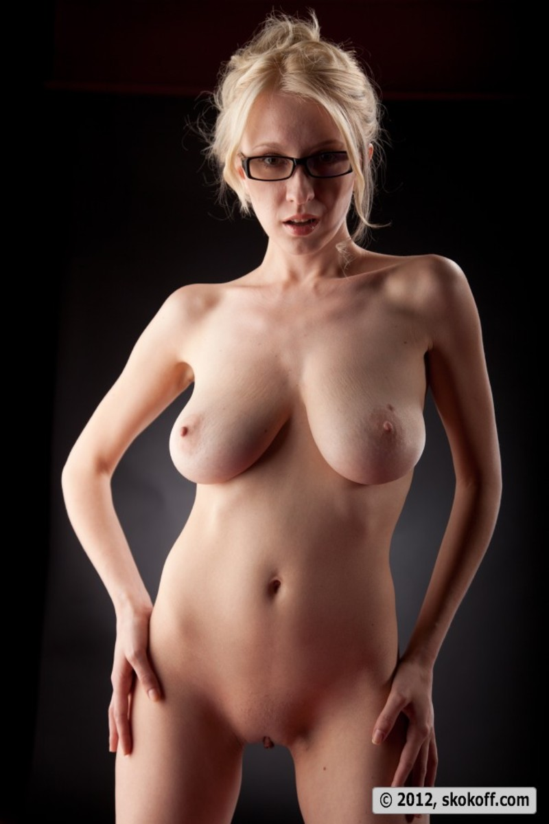 Busty Nude Girl With Glasses