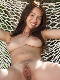Taylor Sands Is Nude Outdoor