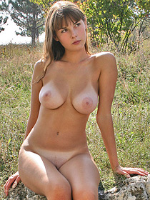 Busty Masha Looks So Sexy As She Is Posing Outdoor