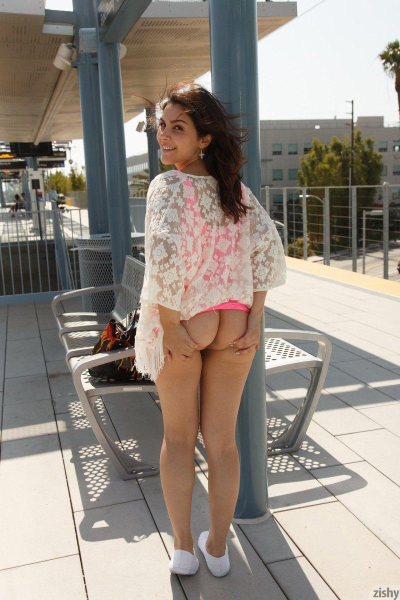 Valentina nappi public